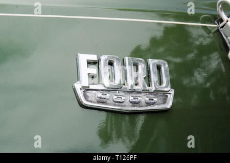 L Series Ford 9000 Prime mover truck Badge. - Stock Image