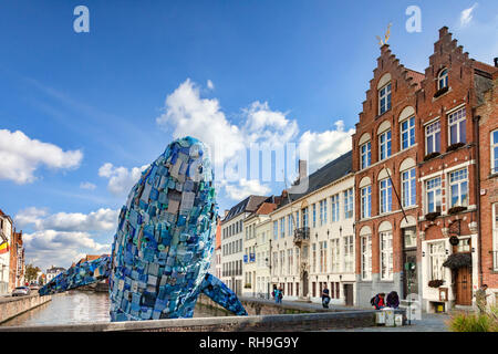 25 September 2018: Bruges, Belgium - The Bruges Whale, known as Skyscraper, made from  5 tons of plastic waste pulled out of the Pacific Ocean, for... - Stock Image