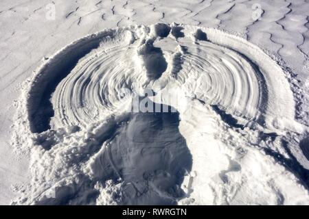 Abstract Shape Pattern in Virgin White Snow on a cold winter day in Kananaskis Country, Alberta Canadian Rocky Mountains - Stock Image