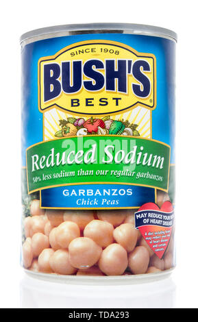Winneconne, WI - 11 May 2019 : A can of Bushs Best Garbanzos chick peas low sodium on an isolated background - Stock Image