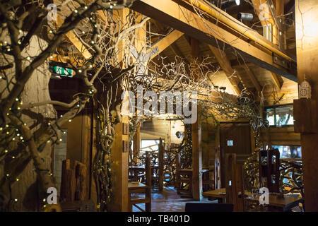 The tree house restaurant at Alnwick Castle, Northumberland, UK. - Stock Image