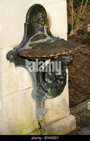 Victorian Drinking Fountain, Royal Botanical Gardens, Kew, Richmond, Surrey, UK - Stock Image