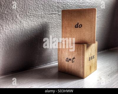 Do art sex written on blocks. - Stock Image