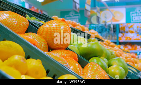 Sweetie, sweety, pomelo at supermarket - Stock Image
