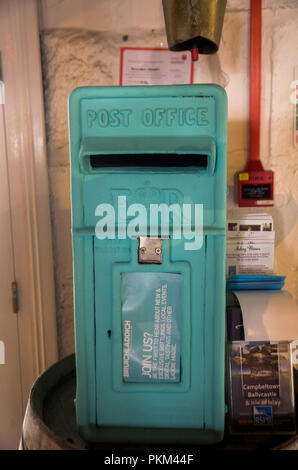 Bruichladdich blue postbox at the Distillery, Islay, Scotland - Stock Image