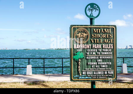Miami Florida Miami Shores Village Biscayne Bay Bayfront Park sign rules - Stock Image