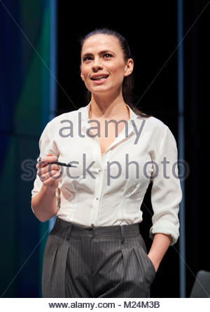 Dry Powder by Sarah Burgess. A Hampstead Theatre Production directed by Anna Ledwich. With Hayley Atwell as Jenny. - Stock Image