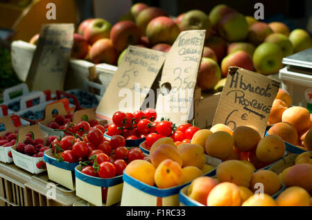Fruit for sale at a market in St. Tropez - Stock Image