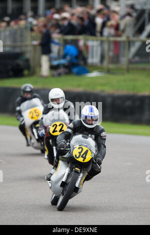Chichester, West Sussex, UK. 13th Sep, 2013. Goodwood Revival. Goodwood Racing Circuit, West Sussex - Friday 13th September. Racing action on the track from the Barry Sheene Memorial Trophy qualifying session. © MeonStock/Alamy Live News - Stock Image