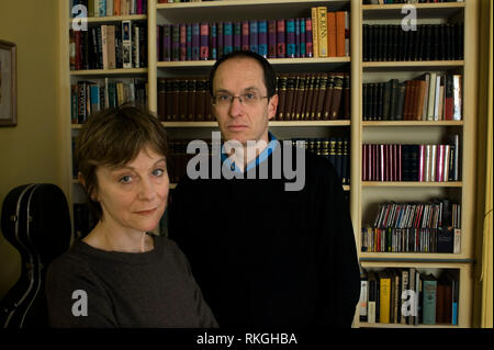 Nicci Gerrard and Sean French-Authors and journalists who also write jointly as Nicci French, at home in Suffolk, east Anglia UK. Photographed for The Independent Newspaper. COPYRIGHT PHOTOGRAPH BY BRIAN HARRIS  © 2009 07808-579804 - Stock Image