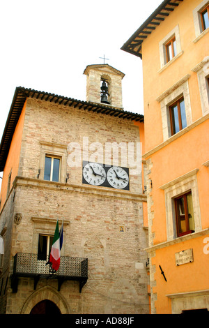 historic ambiance of the charming and much visited  hilltop town of Visso in The Sibillini National Park,Le Marche,Italy - Stock Image