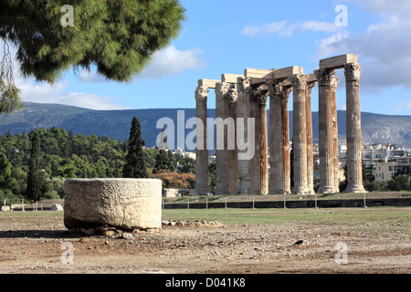 The Temple of Olympian Zeus, Athens, Greece - Stock Image