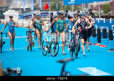Yokohama, Japan. 18th May, 2019. 2019 ITU World Triathlon, World Paratriathlon Yokohama at Yamashita Park and Minato Mirai, Yokohama. Jeffcoat (Photos by Michael Steinebach/AFLO) Credit: Aflo Co. Ltd./Alamy Live News - Stock Image