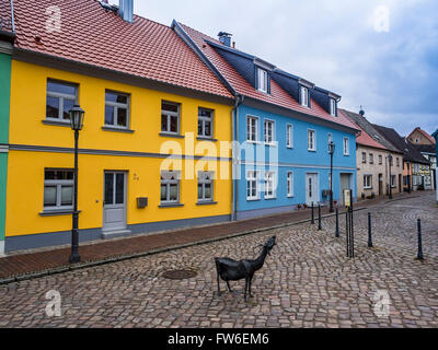 Old houses in Roebel,  goat market, at lake Mueritz, Mecklenburg-Vorpommern, Germany - Stock Image