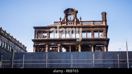 The charred remains of the former Bank Buildings in Belfast.  Formerly occupied by Primark.  Significant fire damage. - Stock Image