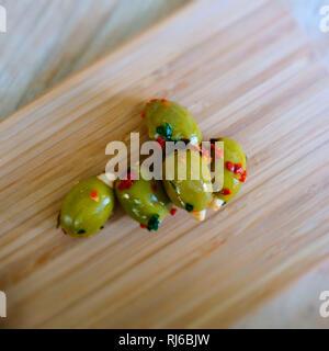 Eingelegte Oliven, Detail - Stock Image