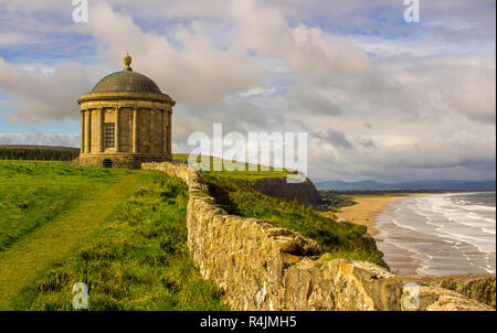 Mussenden Temple on the cliff edge in Downhill Demesne on the North Coast of Ireland in County Londonderry. - Stock Image