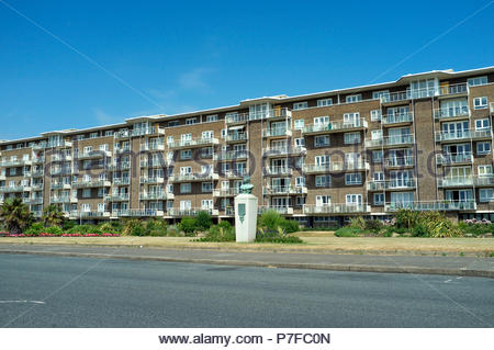 The Gateway Flats, overlooking Marine Parade Gardens in Dover, Kent, UK. - Stock Image