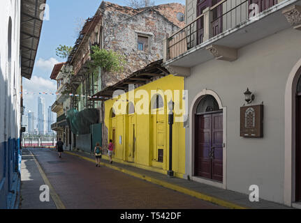 small street with old historic buildings in casco viejo panama city - Stock Image