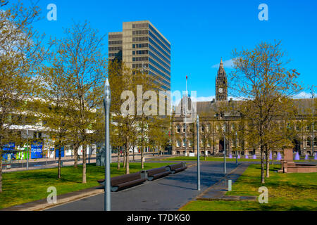 The North West corner of Centre Square Middlesbrough Cleveland with the Town Hall and a glass office block quiet on a Bank Holiday morning - Stock Image