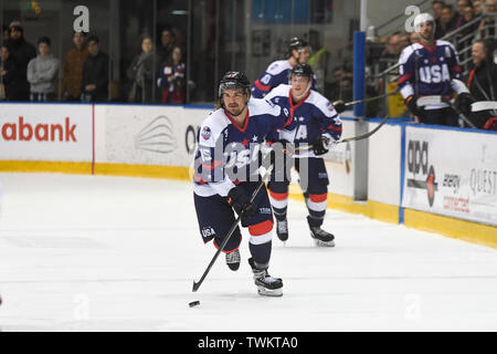 Melbourne, Australia. 21st June 2019, O'Brien Group Arena, Melbourne, Victoria, Australia; 2019 Ice Hockey Classic, Canada versus USA; Mitch Callahan of USA moves the puck down the wing Credit: Action Plus Sports Images/Alamy Live News - Stock Image
