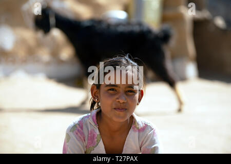 A young Bhil tribe girl, Rajasthan, India. - Stock Image