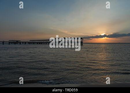 Clam Creek Fishing Pier at Sunset on Jekyll Island Brunswick, Georgia USA - Stock Image