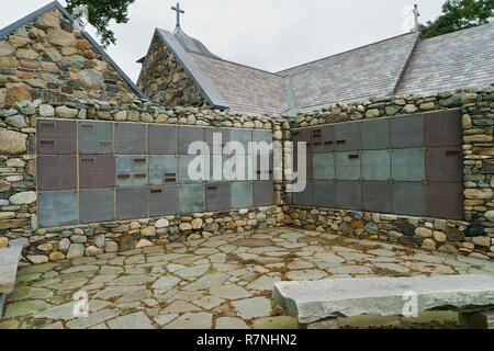 Exterior colombarium adjacent to St Anns Episcopal Church in Kennebunkport, Maine, USA. - Stock Image