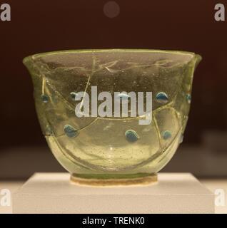 Glass Cup. 6th century CE. Geumnyeongchong Tomb, Gyeongju, North Gyeongsang-do province. National Museum of Korea - Stock Image
