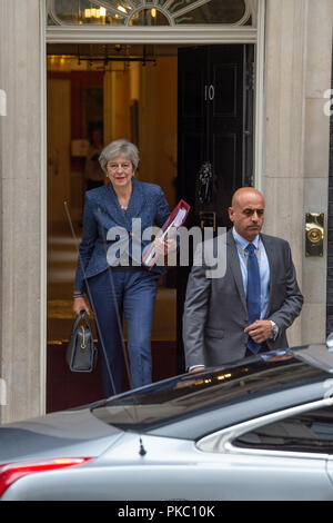 London, United Kingdom. 12th September 2018. Prime Minister Theresa May leaves 10 Downing Street bound for the House of Commons to attend Prime Ministers Questions. Credit: Peter Manning/Alamy Live News - Stock Image