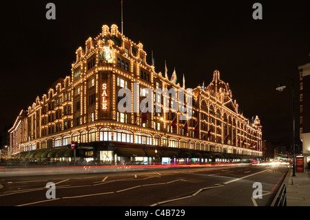 The famous Harrods Department Store in London Knightsbridge. - Stock Image
