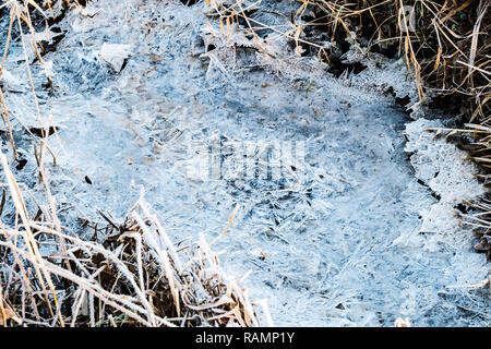 Aberystwyth Wales UK, 04/01/2019  UK Weather: A cold and frosty start to the day in Aberystwyth , west Wales after a night of clear skies as a static high pressure system dominates the weather over the countryPhoto credit Keith Morris / Alamy Live News - Stock Image
