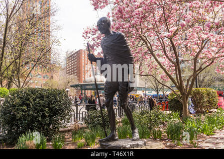 Gandhi Sculpture at Springtime in Union Square Park, NYC, USA - Stock Image