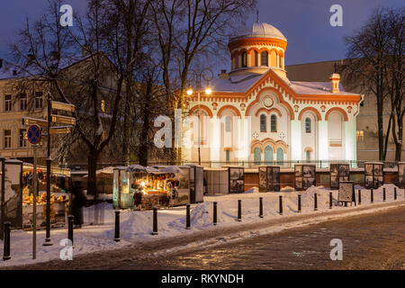 Winter evening in at the Orthodox church in Vilnius old town. - Stock Image