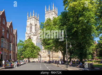 York Minster, Gothic cathedral, front entrance Facade and Nave seen from Duncombe place,city of York, Yorkshire, England, UK, GB, Europe - Stock Image