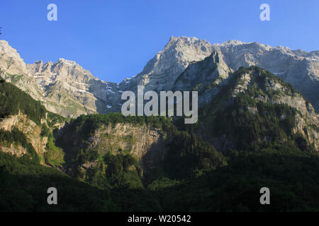 Mount Glaernisch in early summer. View from Lake Kloental. - Stock Image