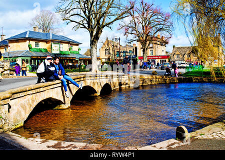 Bourton on the Water, Cotswolds,tourists, Gloucestershire, England - Stock Image
