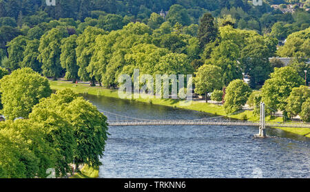 INVERNESS CITY SCOTLAND CENTRAL CITY THE RIVER NESS NESS WALK AND WHITE INFIRMARY BRIDGE - Stock Image