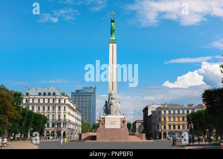 Riga Freedom Monument, view of the Freedom Monument (1935) with a statue representing Liberty sited on top of its column, Riga city center, Latvia. - Stock Image