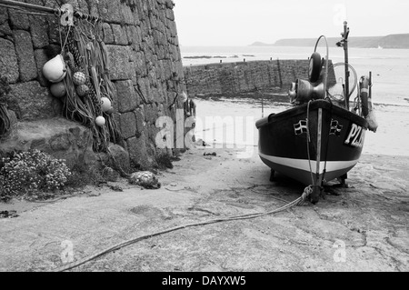 "PZ 155 ""Sarah Jane""  shellfish boat at Sennen Cove, Cornwall - Stock Image"