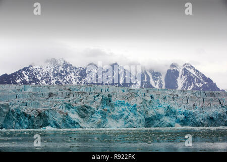A glacier in northern Svalbard. All of Svalbards glaciers are retreating, even in the north of the archiapelago despite only being around 600 miles from the North Pole. - Stock Image