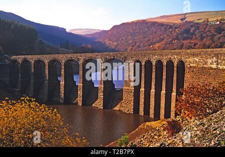 The Garreg Ddu reservoir in the Elan Valley mid Wales - Stock Image
