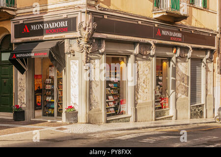 CARRARA. ITALY - OCTOBER 25, 2018 - Mondadori Bookstore in old building in Carrara, Tuscany - Stock Image