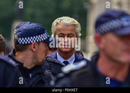 London, United Kingdom. 9 June 2018. A 'Free Tommy' demonstration has been held in Whitehall to protest against the jailing of Stephen Yaxley-Lennon who goes by the name Tommy Robinson. In May 2018 Robinson was sentenced to ten months for contempt of court and a previous three months' suspended sentence was activated. PICTURED: Geert Wilders Credit: Peter Manning/Alamy Live News - Stock Image