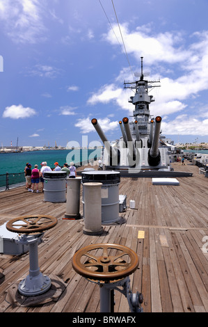 Aft deck of the battleship Missouri. Battleship Missouri Memorial, Pearl Harbour, Hawaii - Stock Image