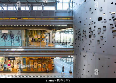 Poland shopping centre center, view of the galleried interior of the Stary Browar shopping mall in the city of Poznan, Poland. - Stock Image