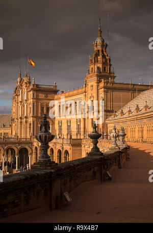 Principal building of Plaza de Espana, built in 1928 for the 1929 Ibero-American Exposition, a landmark example of architecture in Seville, Spain - Stock Image