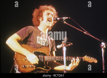 THE EAGLES US rock group with Bernie Leadon about 1973 - Stock Image