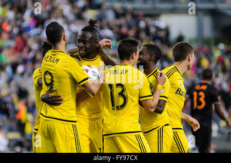 Mapfre stadium, USA. 23rd April, 2016. .Columbus Crew SC forward Justin Meram (9) and team congratulate Kei Kamara - Stock Image