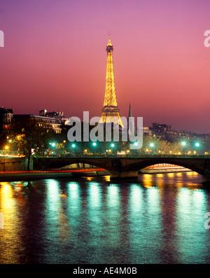 France Paris Eiffel tower Seine twilight - Stock Image